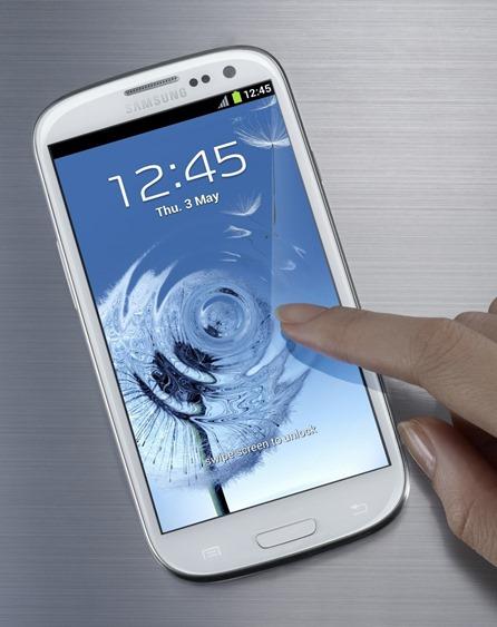 Samsung Galaxy S III White 01