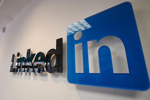 Linkedin logo1