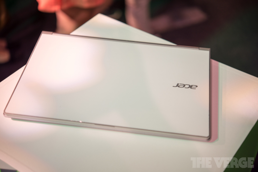 http://www.chimerarevo.com/wp-content/uploads/2013/06/acer-aspire-s3-hands-on3_1020_verge_super_wide.jpg
