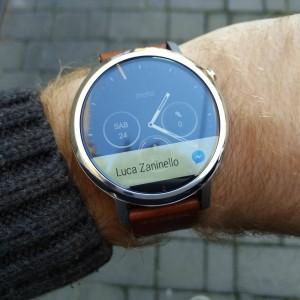 Motorola Moto 360 2015 7