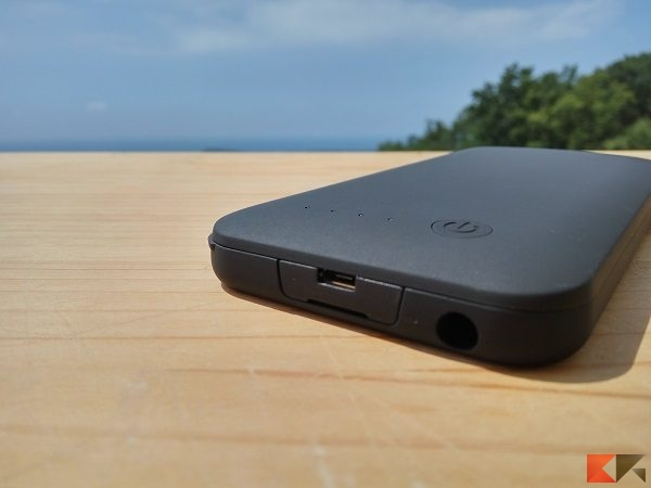 case batteria Spigen battery pack