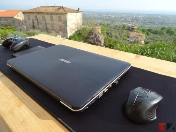 Spigen A103 gaming mouse pad tappetino
