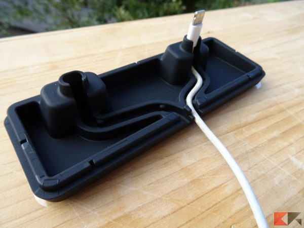 Dock station iPhone + Airpods supporto 2-in-1 Spigen S317