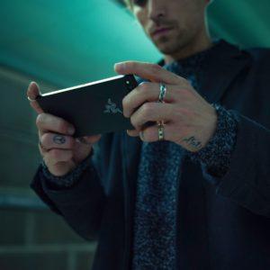 Razer Phone Lifestyle 05 preview