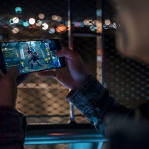 Razer Phone Lifestyle 06 preview