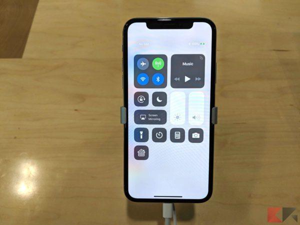 luminosità iphone x