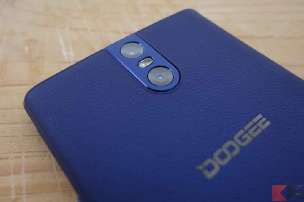 Doogee BL7000
