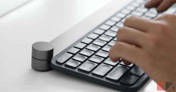 tastiera wireless ricaricabile