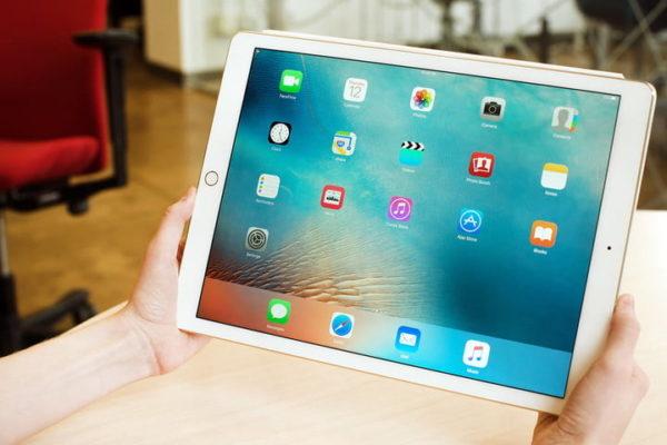 Come sostituire vetro iPad
