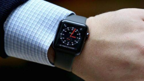 Come spegnere o riavviare Apple Watch bloccato