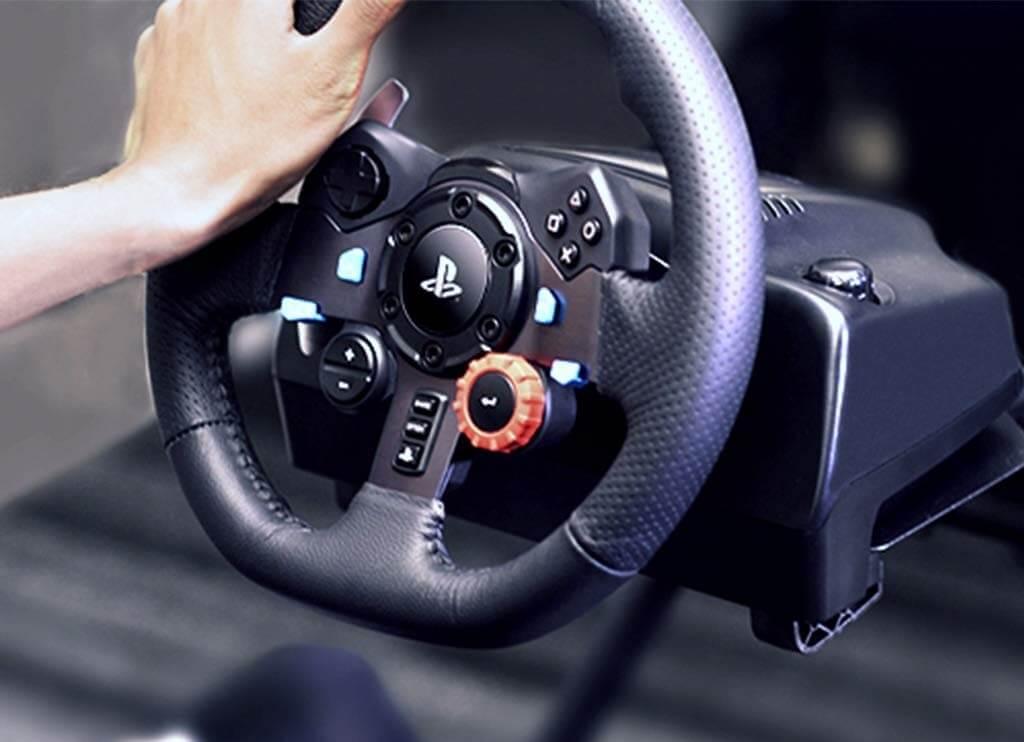 Come collegare il volante alla PS4