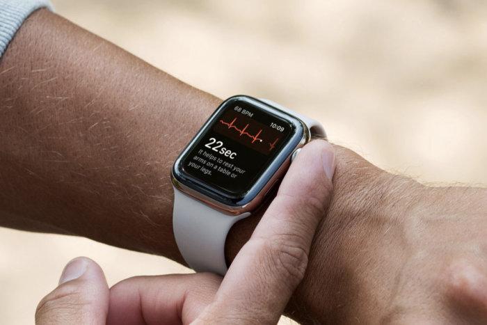 Eseguire un ECG con Apple Watch