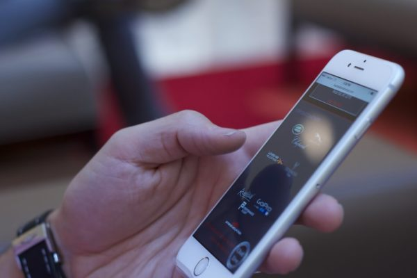 Come escludere chiamate su iPhone