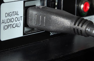 Come collegare casse o impianti audio a TV o Smart TV-cavo ottico digitale