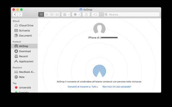 Attivare AirDrop su Mac