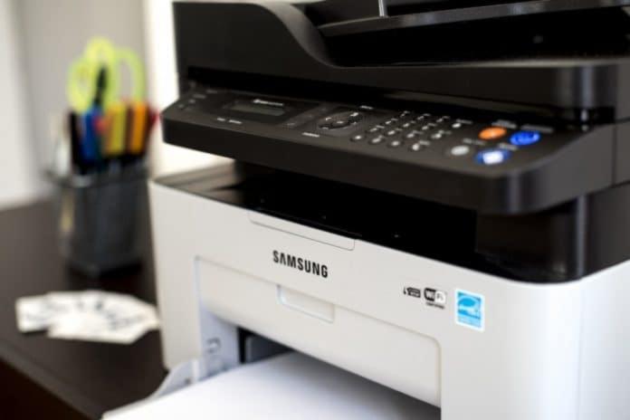 stampante laser a colori