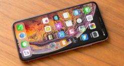 Come rimuovere o cambiare sfondo foto su iPhone