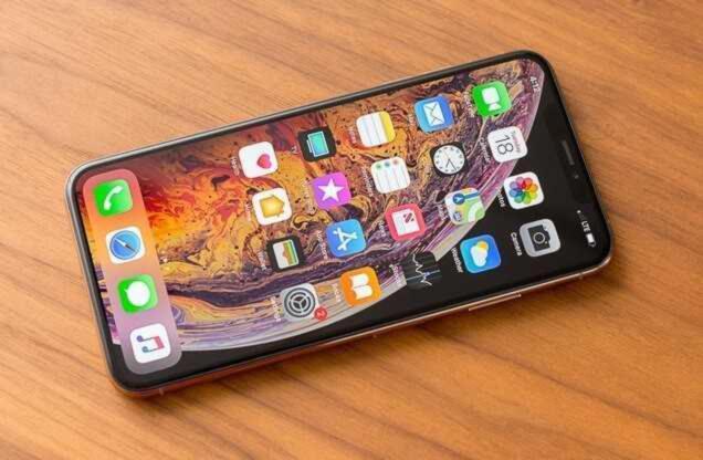 Come rimuovere o cambiare sfondo foto su iPhone 1