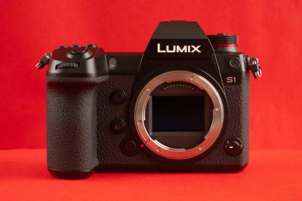 Panasonic Lumix S1 4