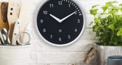 Come configurare Echo Wall Clock