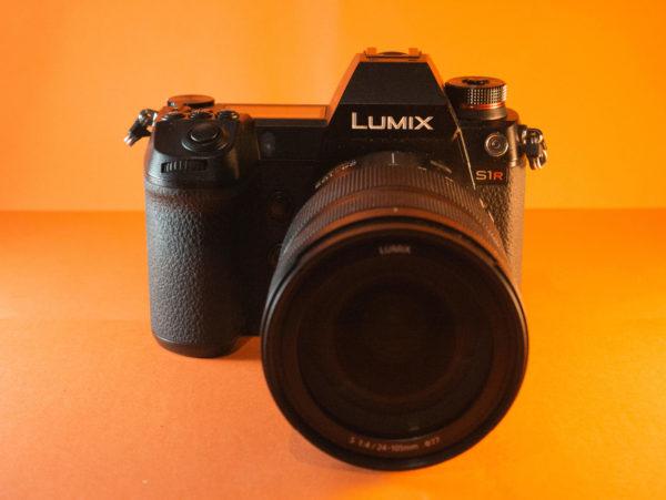 Recensione Panasonic Lumix S1R 01