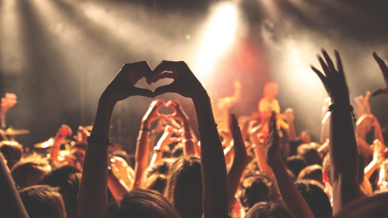 10 idee regalo per chi ama la musica 11