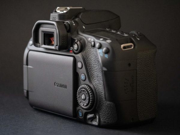 Recensione Canon EOS 80D 13