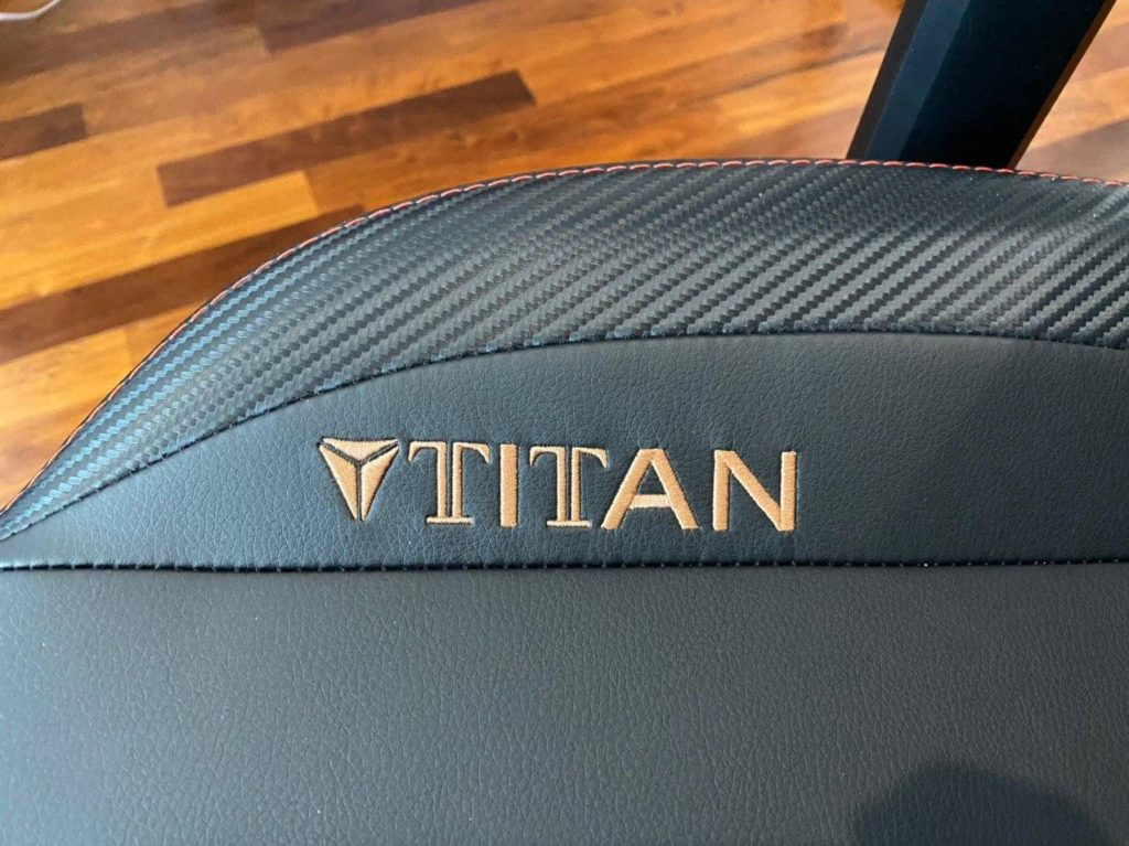 Secretlab TITAN 2020 Series