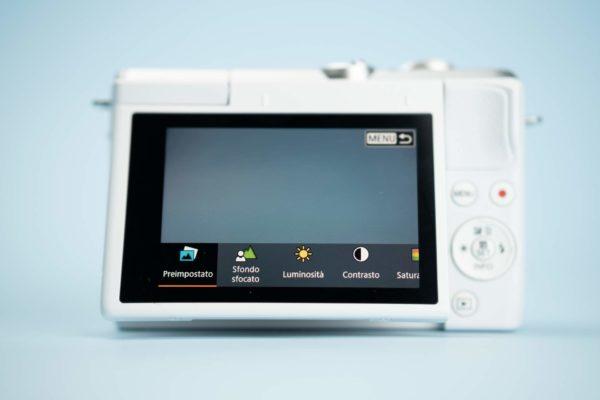 Recensione Canon EOS M200 07