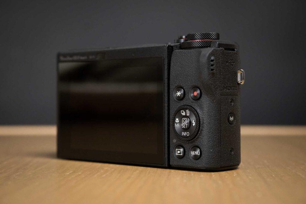Recensione Canon G5 X Mark II 08