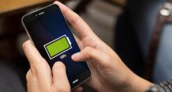 Caricare lo smartphone di notte danneggia la batteria