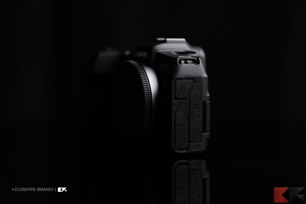 Canon EOS RP laterale