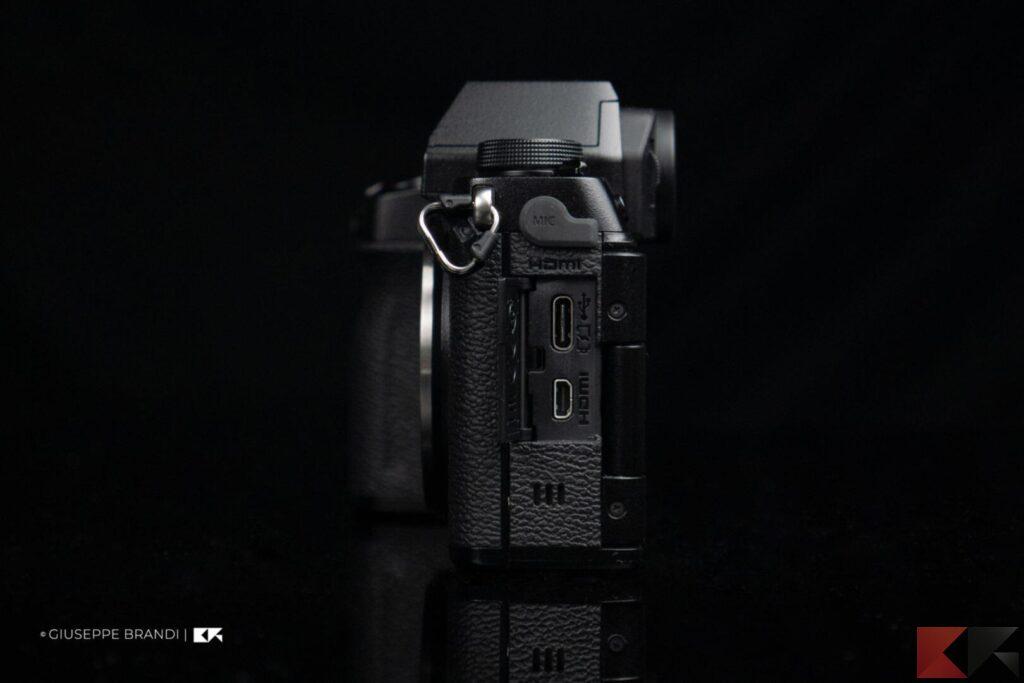 Fujifilm X-S10 laterale