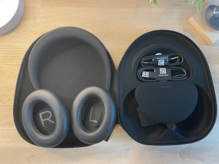 BOSE NOISE CANCELLING 700