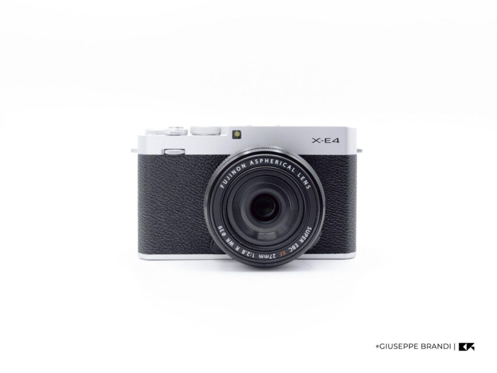 Recensione Fujifilm X E4 09