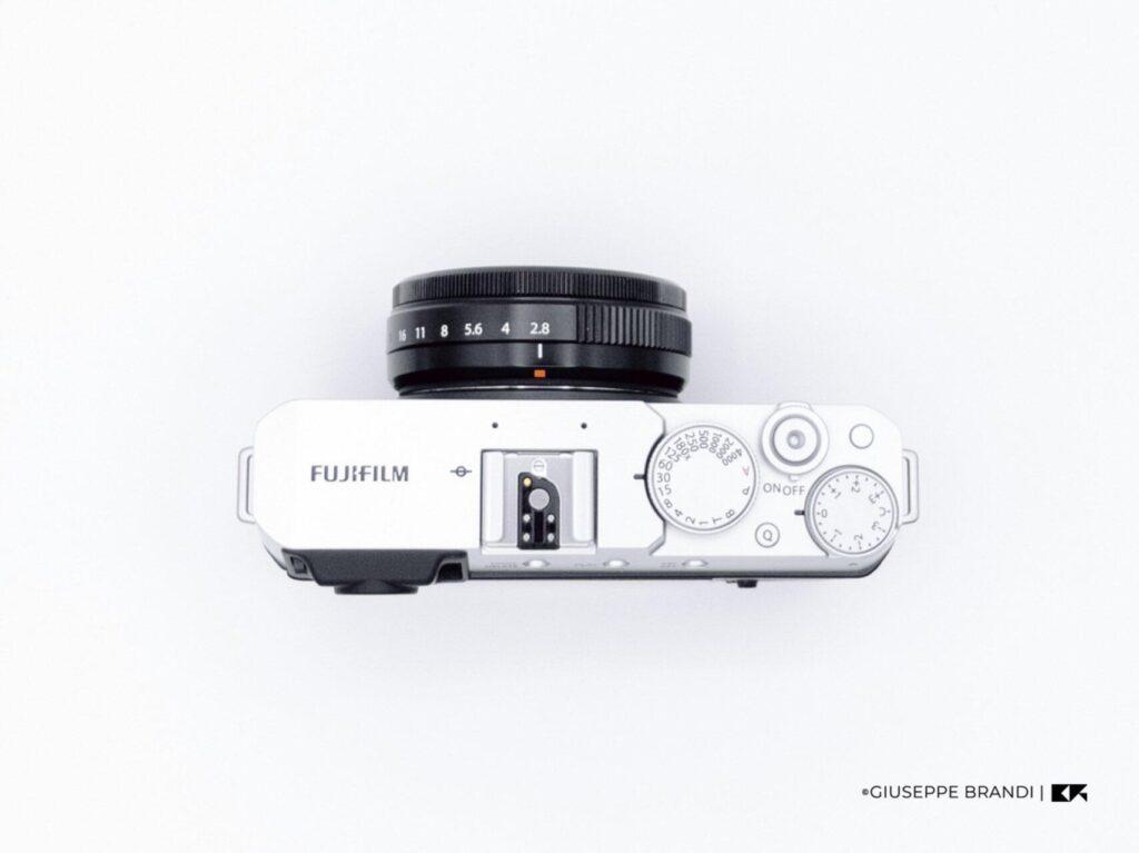 Recensione Fujifilm X E4 13