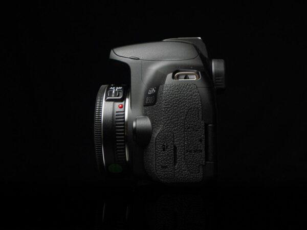 Recensione Canon EOS 850D 04