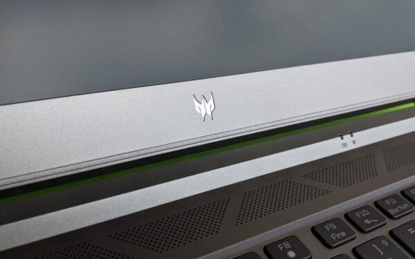 Acer Predator Triton 300SE